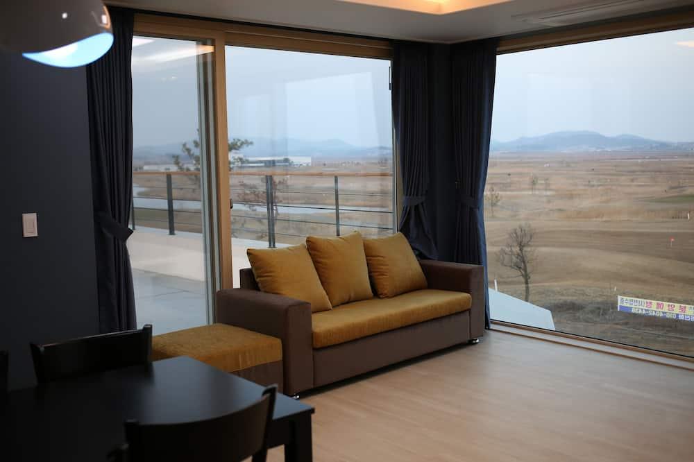 Suite (3rd Floor) - Sala de estar