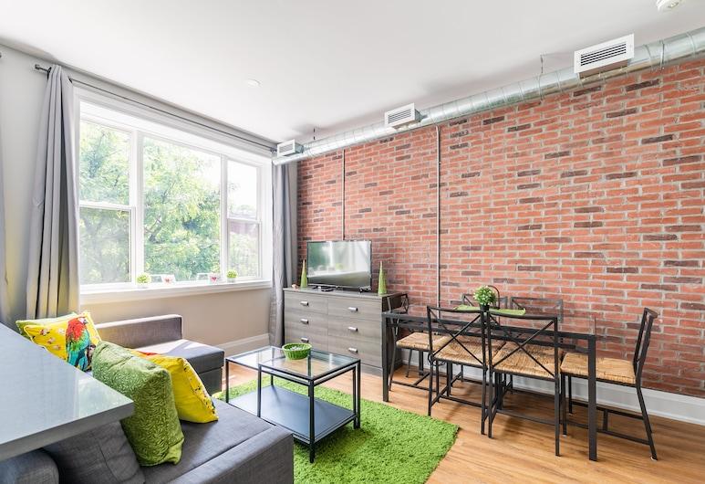 Simply Comfort. King St Apartments, Hamilton
