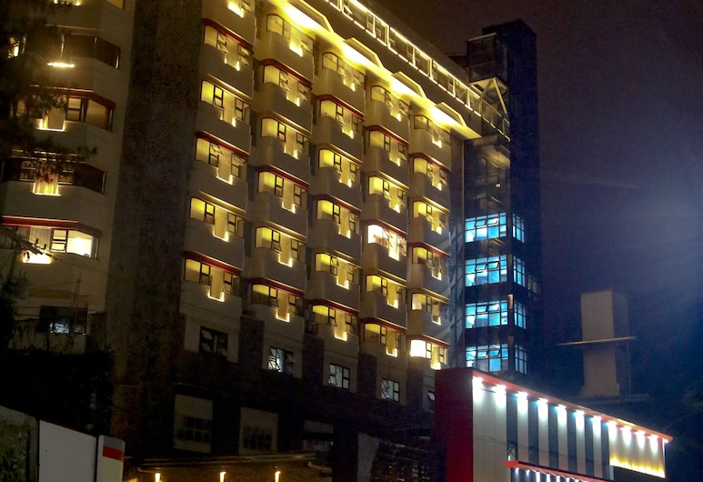 456 Hotel, Baguio, Hotel Front – Evening/Night