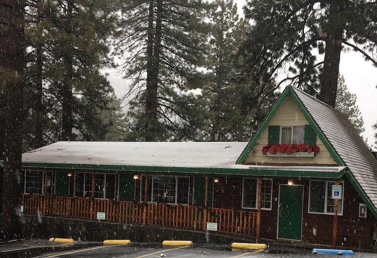 Canyon Creek Inn, Wrightwood