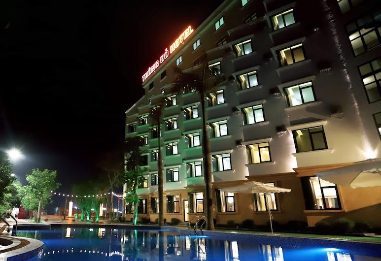 Thong Do Hotel, Vinh, Außenpool