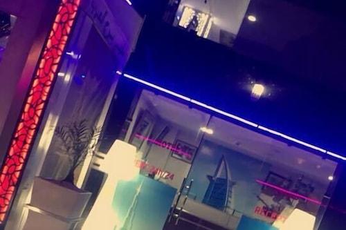 阿拉伯塔飯店及咖啡廳/