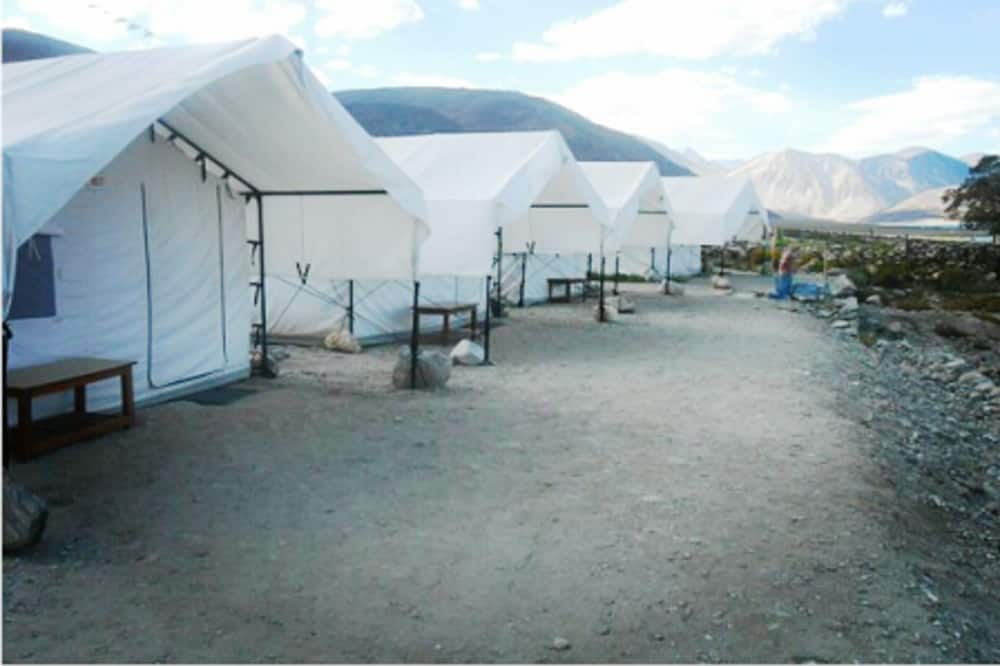 TIH Goodluck Camps and Guest House