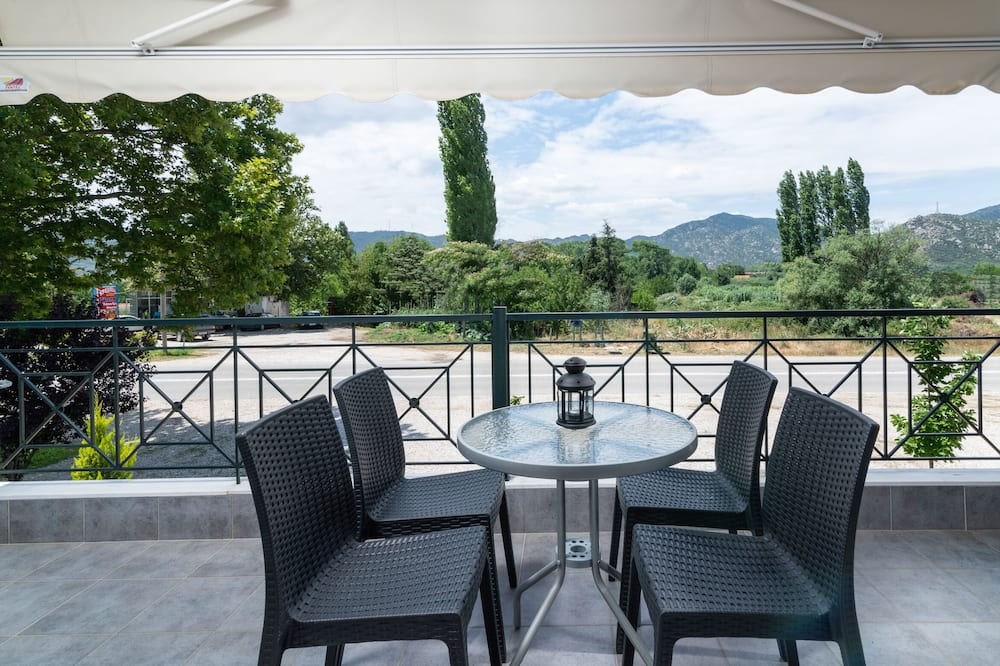 Family Apartment, 1 Bedroom, Garden View - Balcony