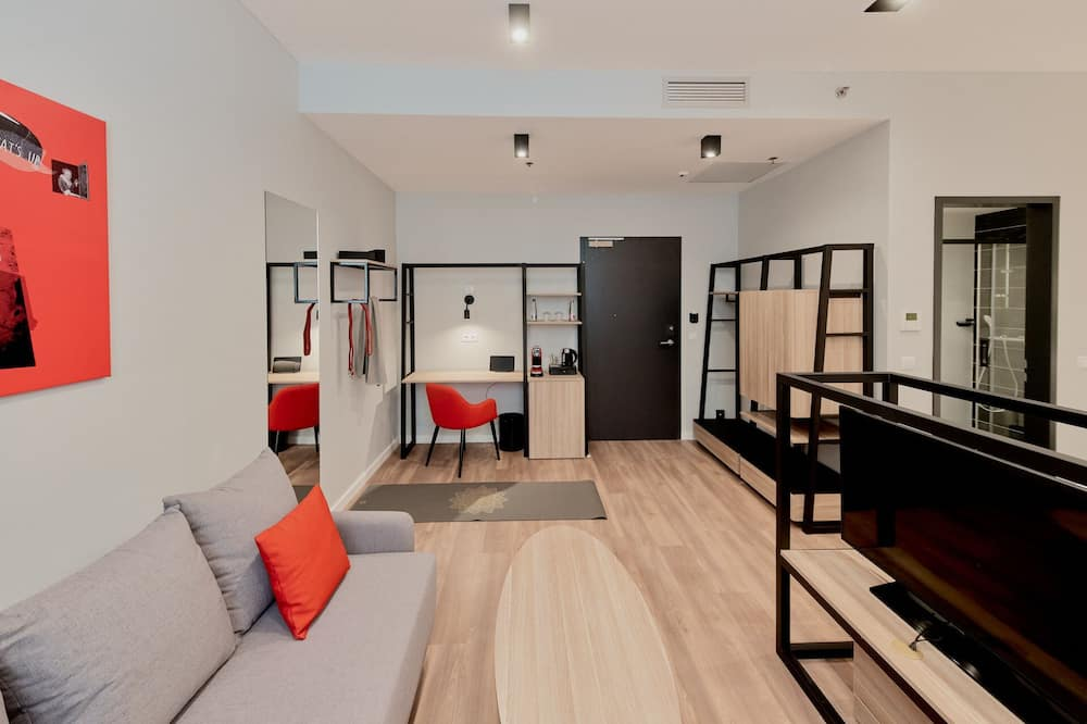 UP Studio Twin - Living Area