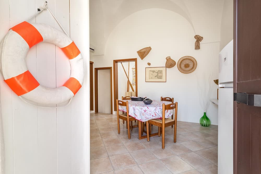 Standaard huis, 3 slaapkamers - Eetruimte in kamer