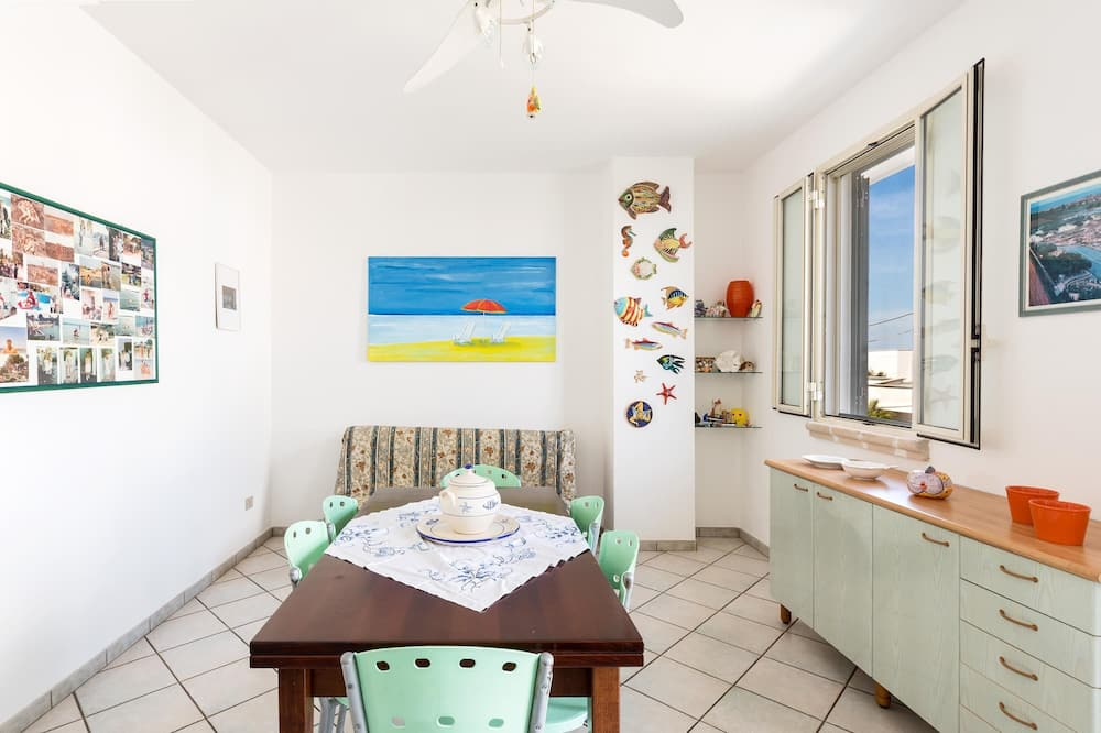 Standartinio tipo apartamentai, 2 miegamieji - Svetainės zona