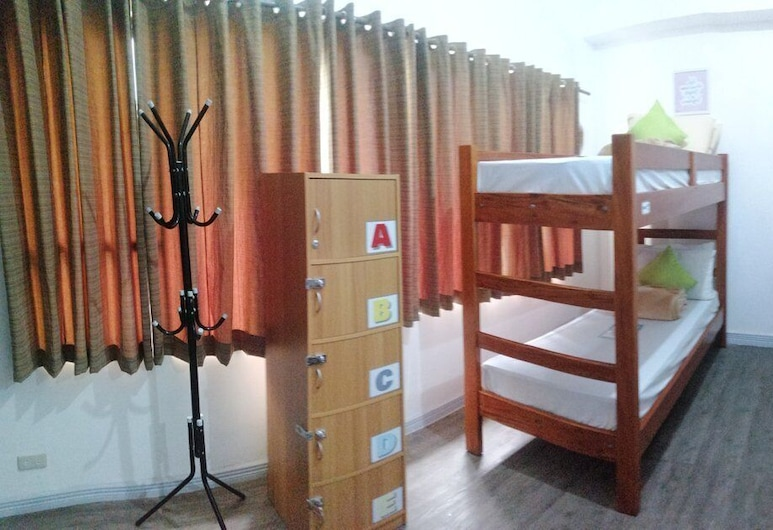 V - Rooms Hostel - Adults Only, Makati, Ortak Ranzalı Oda, Karma Ranzalı Oda, Sigara İçilmez (1 Bed in an 8-Bed), Oda