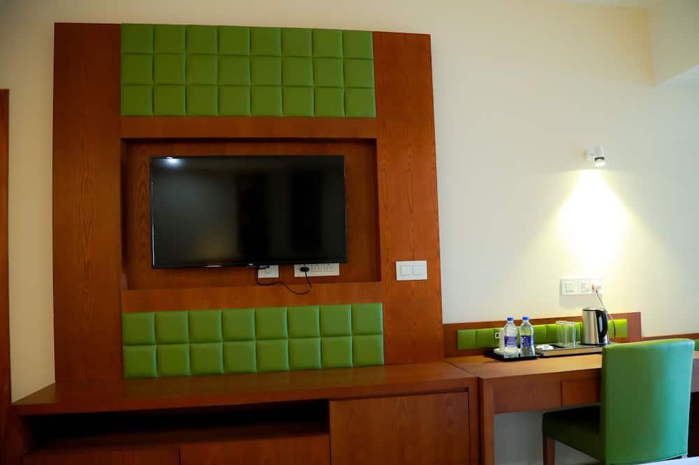 Trojlôžková izba typu Deluxe - Televízia