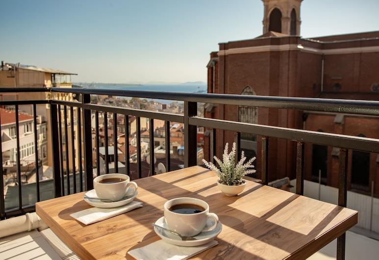 West Palace Hotel, Istanbul, Phòng Suite Superior, Ban công, Quang cảnh biển, Ban công