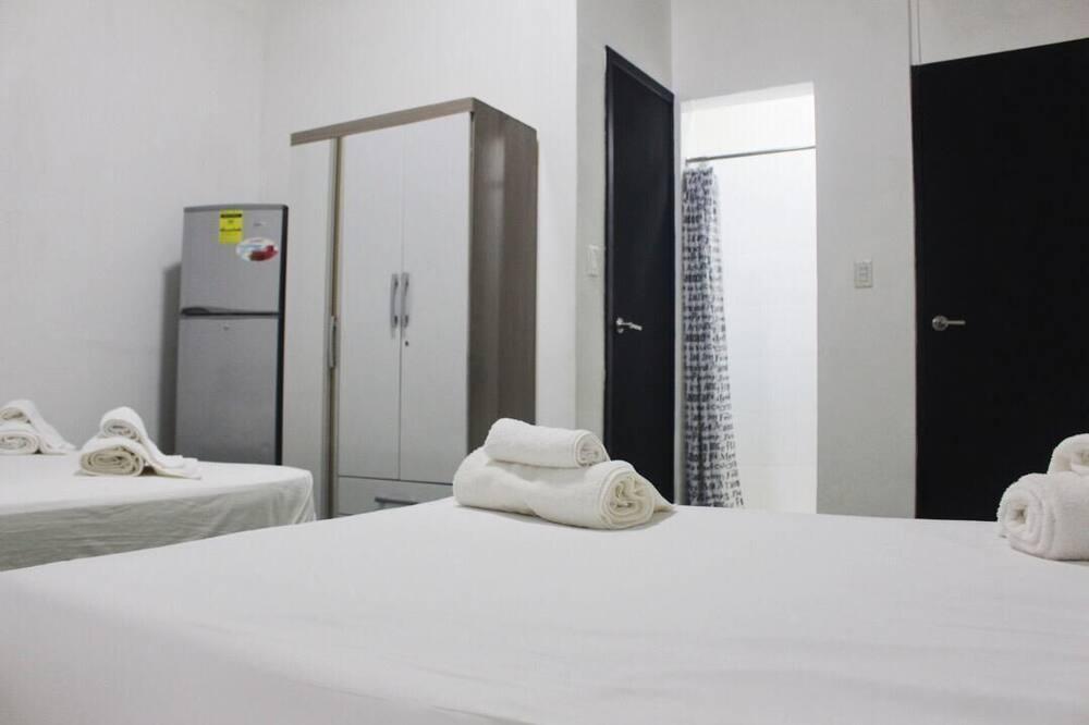 غرفة مزدوجة - عدة أسرّة - غرفة نزلاء