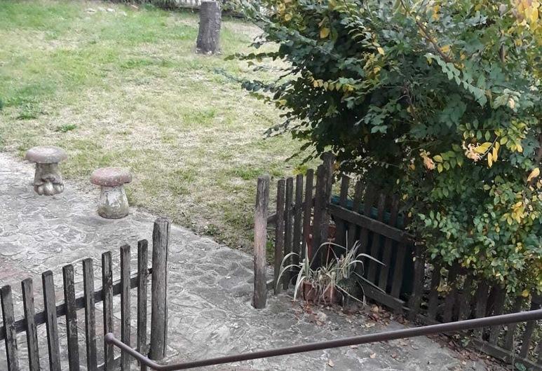 كاشينا بينيلي, دولياني, حديقة