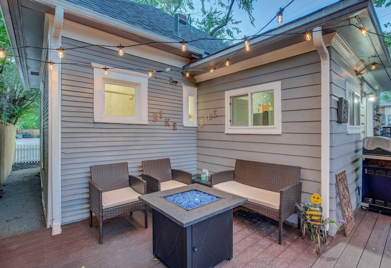 1BR Modern & Chic Bring Your Bikes and Dog!, Colorado Springs, Balcony