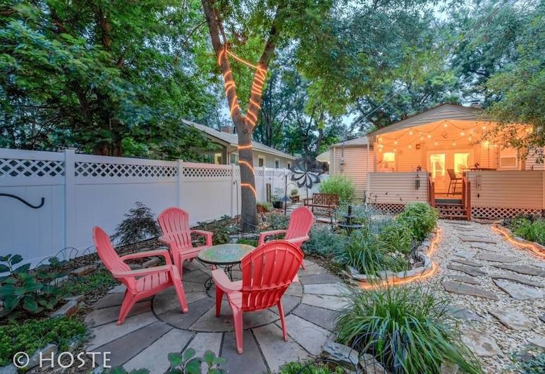 2Br Relax Lovely Home With Fairytale Garden, Colorado Springs, Otel Sahası