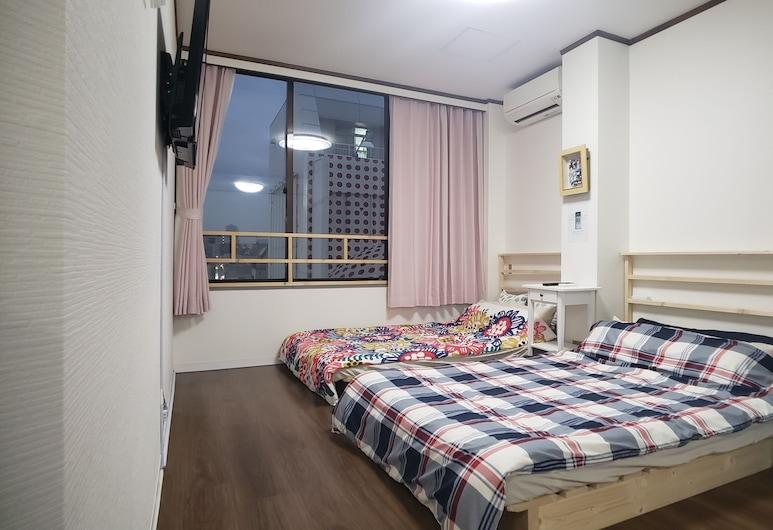 大阪難波ハウス, ⼤阪市, ファミリー アパートメント (602), 部屋
