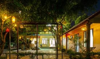 Фото Hang Mua Central Homestay в Хоа-Лю