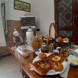 Apartamentai senjorams - Vakarienės kambaryje