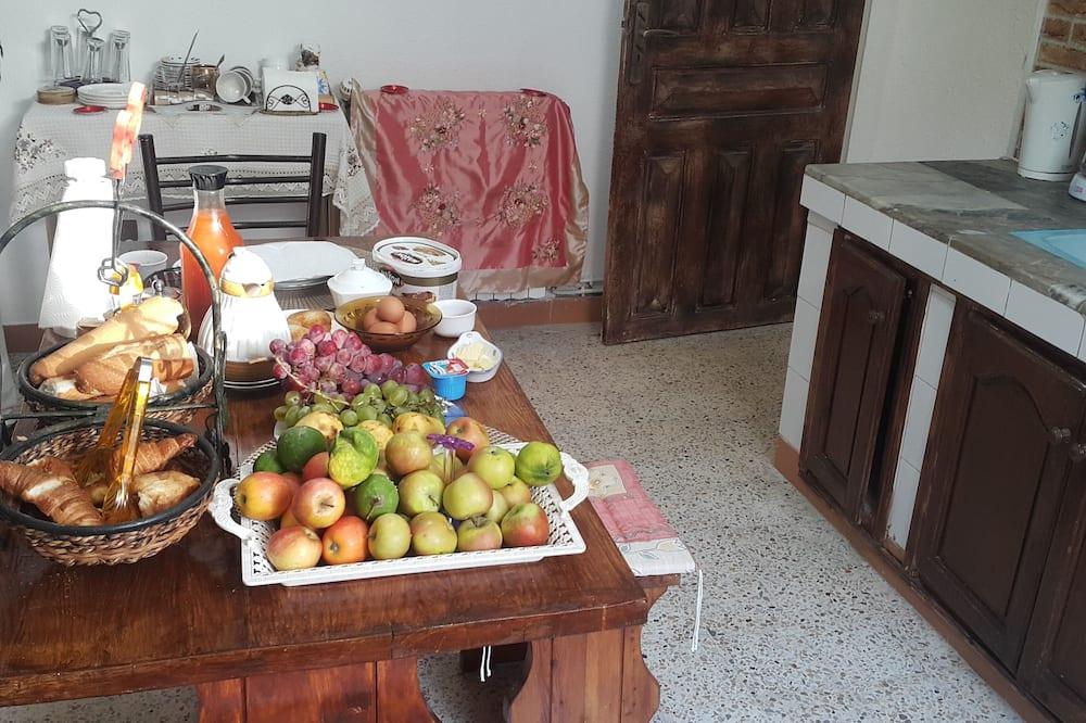 Kambarys su patogumais - Bendra virtuvė