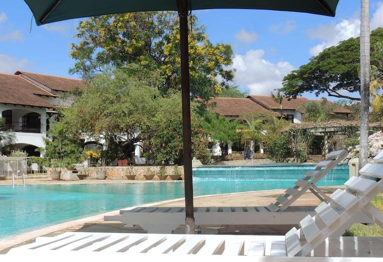 Woburn Residence Club, Malindi, Piscine en plein air