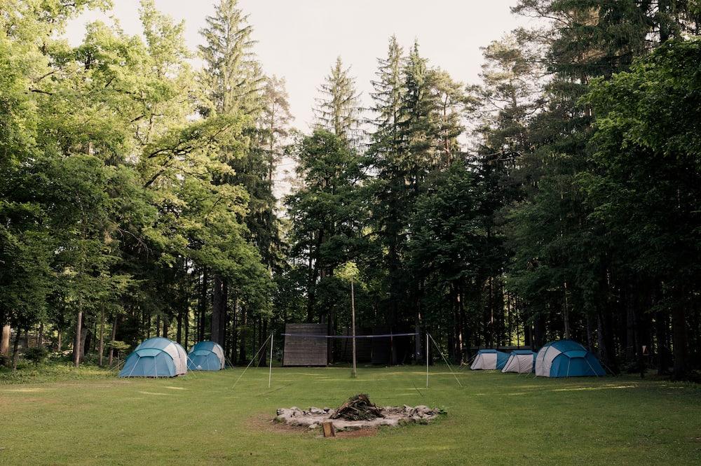 Standard Tent - Garden View
