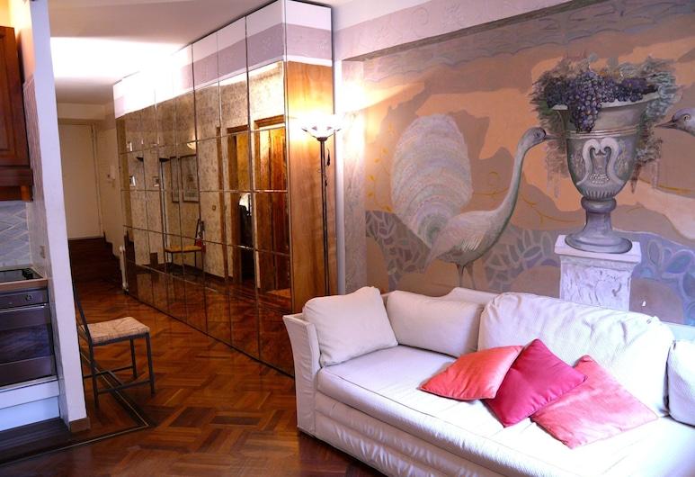 Rondanini, Rome, Apartment, 1 Bedroom, Living Area