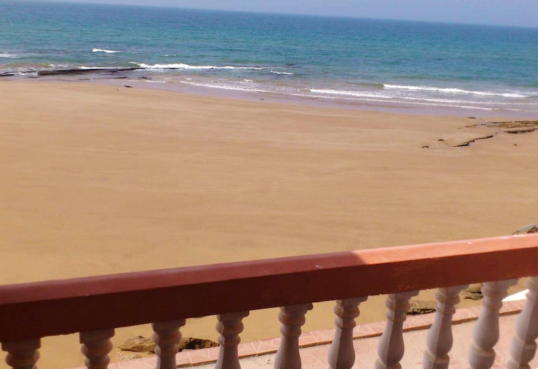 Apartment With 2 Bedrooms in Taghazout, With Wonderful sea View, Balcony and Wifi, ตักฆะเซาต์, ชายหาด