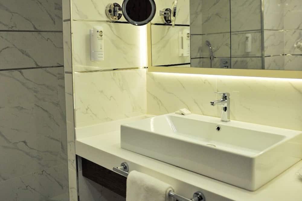 Sehir Manzarali Standart Oda - Casa de banho