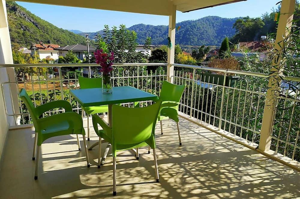 Comfort Apartment, Terrace - Balcony