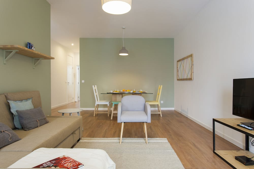 Apartment (2 Bedrooms) - Wohnbereich