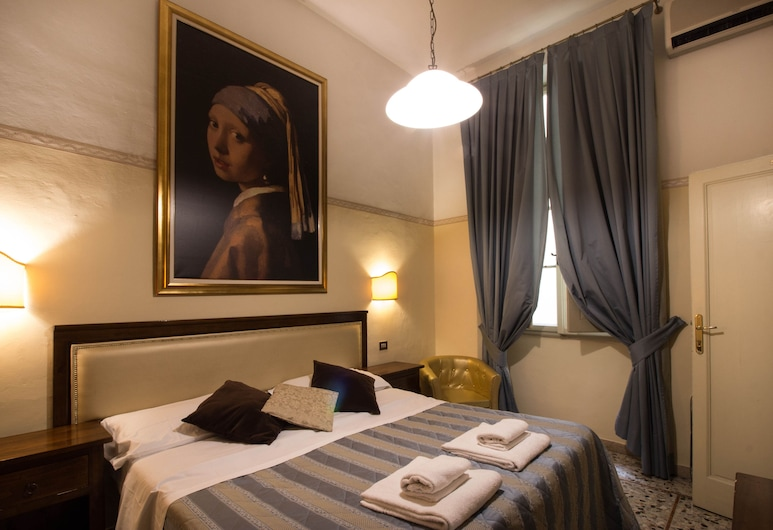 Tourist House Duomo, Florence, Deluxe Triple Room, Guest Room