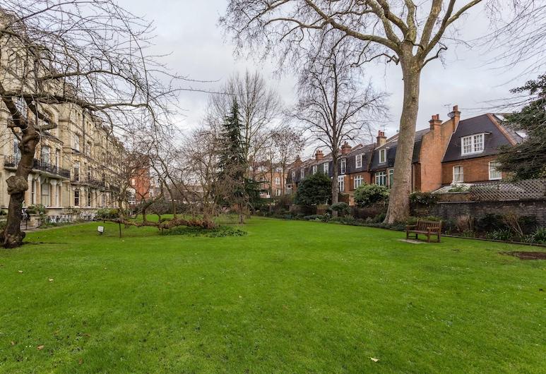 Elm Park Gardens XI by Onefinestay, Londen, Terrein van accommodatie