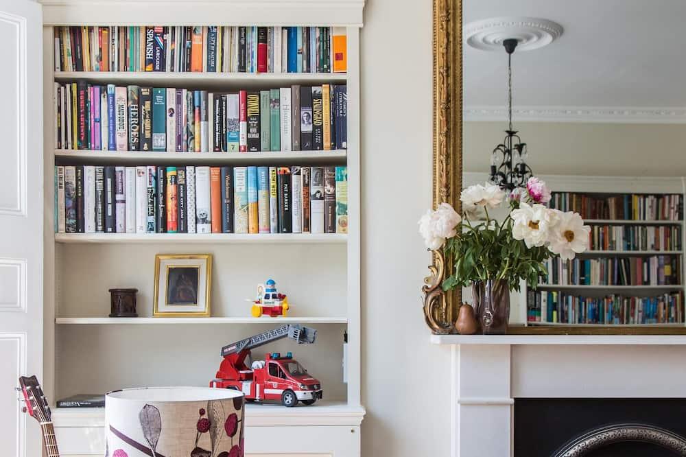 Lägenhet (2 Bedrooms) - Vardagsrum