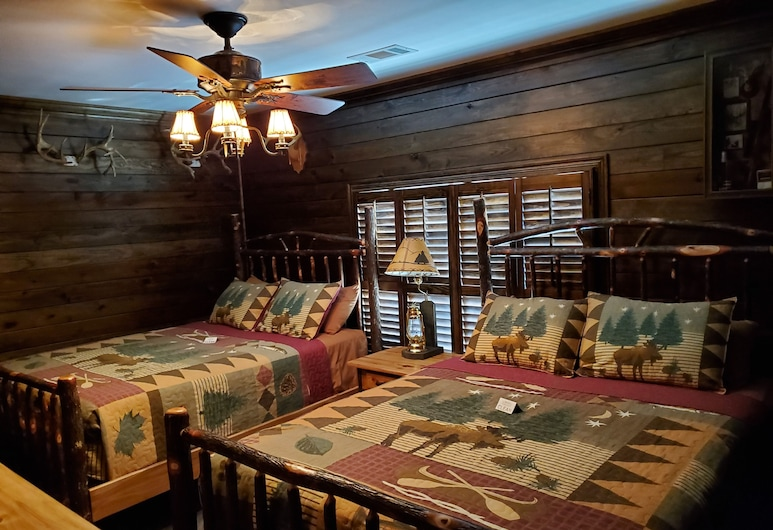 The Venue at White City, Prattville, Room, 2 Double Beds, Guest Room