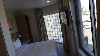 Picture of Nook Hotel in Tijuana