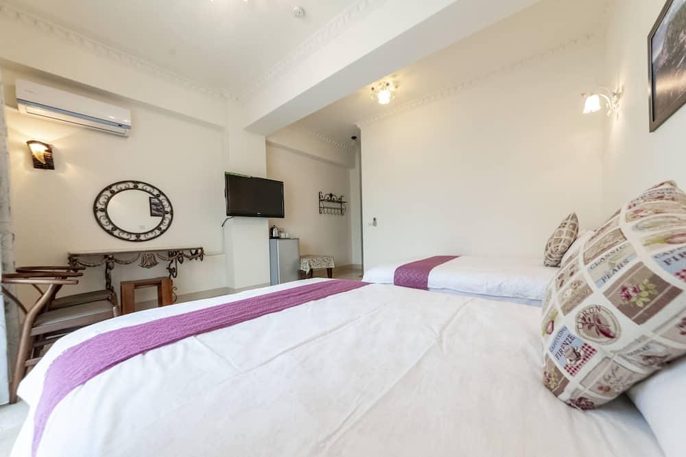 Elite Quadruple Room - Guest Room