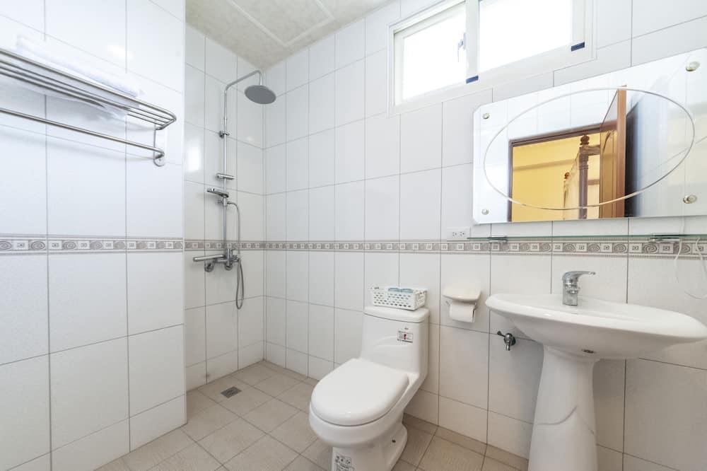Elite Double Room - Bathroom Sink