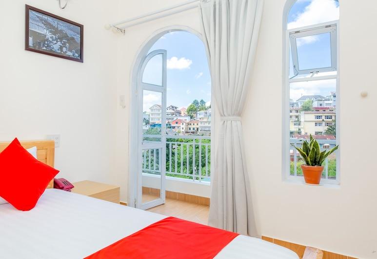 Huong Moc Hotel - Near Dalat Night Market, Da Lat, Deluxe Double Room, Guest Room
