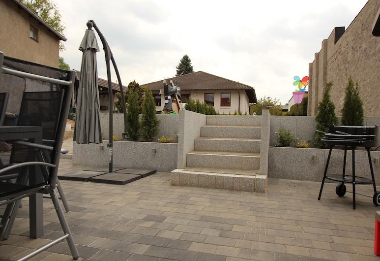 Familienfreundliches Ferienhaus, Kroepelin, Teras/Patio