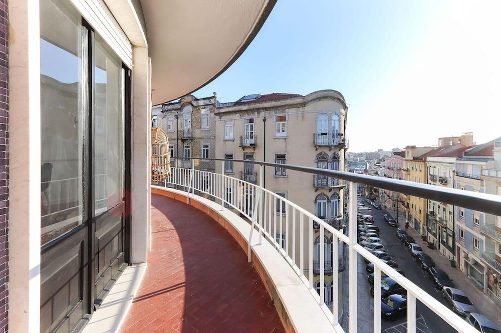 Departamento, 2 habitaciones, balcón - Balcón