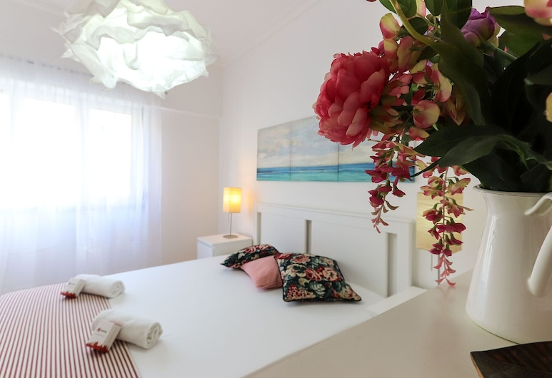 Santo Amaro Stylish by Homing, Lisbon, Apartment, 2 Bedrooms, Room