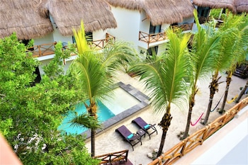 Picture of La Puerta Azul Beachfront - Adults Only in Isla Holbox