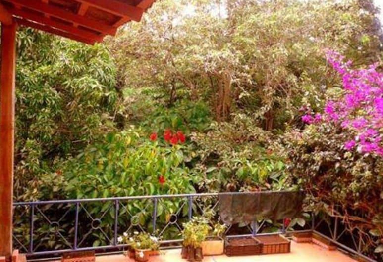 Villa La Trinidad, San Jose, Garden