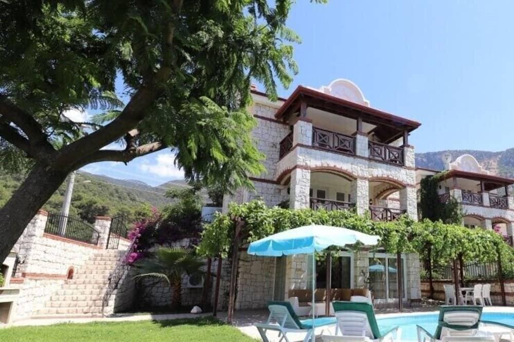 Villa ANM2 by JoyLettings, Fethiye