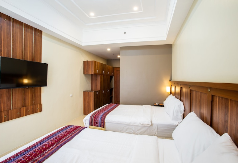Capital O 460 World Palace Hotel, Davao, One bedroom Suite, Guest Room