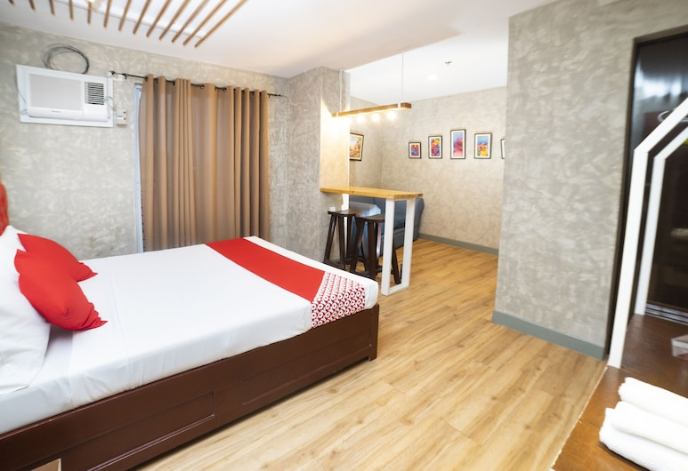OYO 471 Edilberto's Bed And Breakfast, טגום, סוויטת דה-לוקס, חדר אורחים