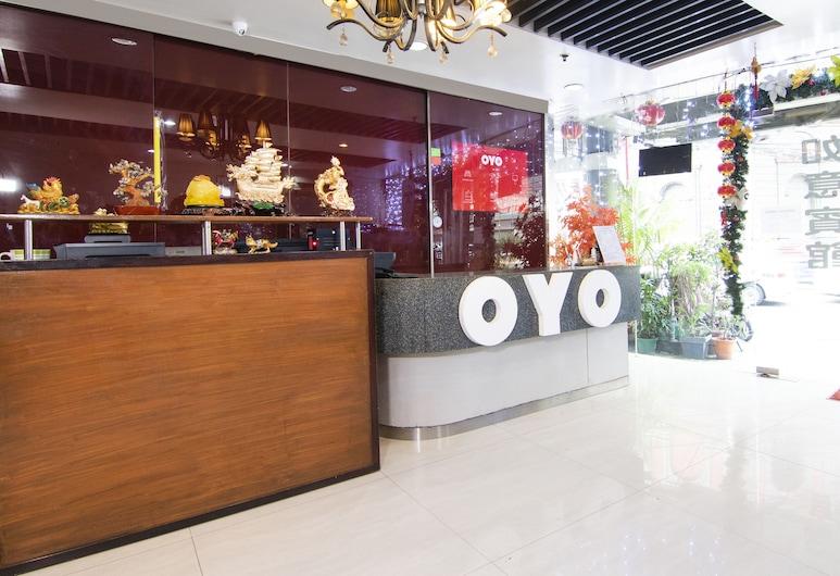 OYO 416 Lucky Hotel, Μανίλα, Ρεσεψιόν