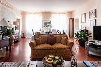 在比萨的塔上阁楼酒店照片
