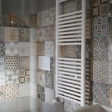 Double Room (Oro) - Bathroom