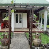 House With 2 Bedrooms in Saint Benoit, With Wonderful Mountain View, Furnished Garden and Wifi - 45 km From the Beach