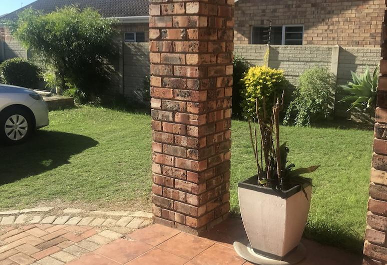 Drifters Haven Guest House, Port Elizabeth, Property Grounds